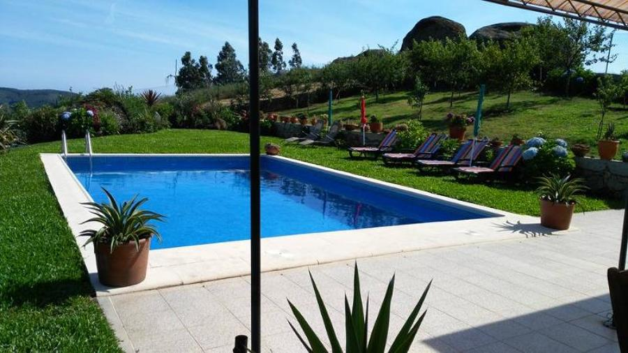 Vista Jardim e piscina