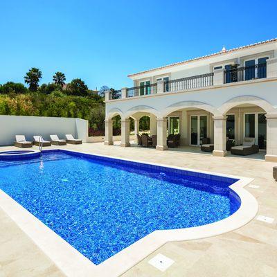Coisas que deve saber antes de construir a sua piscina