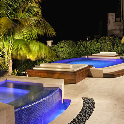2 piscinas exteriores - noite