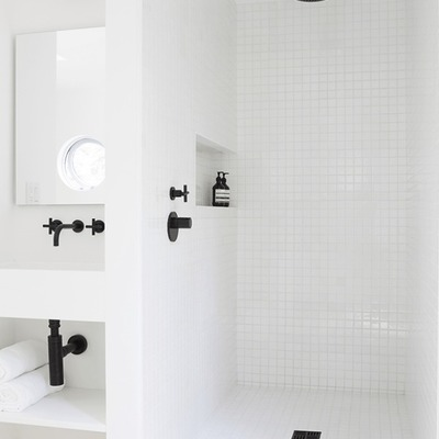 4. Modernizar a canalização toda da casa de banho