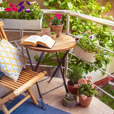 Como criar a sua horta e jardim em espaços pequenos da casa