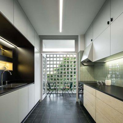 A preto e branco: 8 cozinhas incríveis