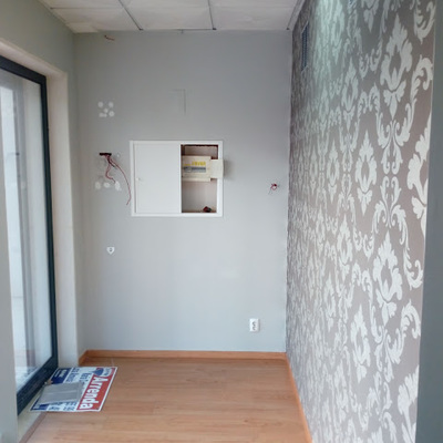 Pintura e remodelação de sala comercial