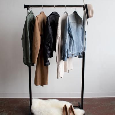 Como ter um closet em casa (mesmo com pouco espaço!)