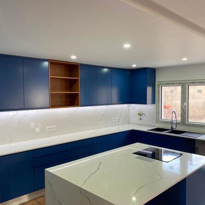 Cozinha na cor Azul Lacado