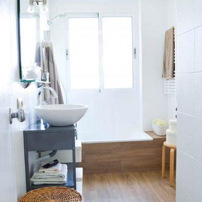 5 casas de banho antes e depois de pintar os azulejos