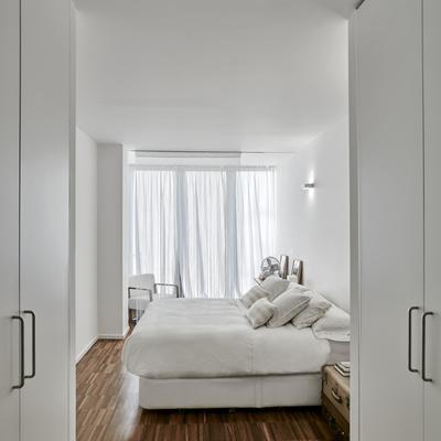 Quarto branco minimalista