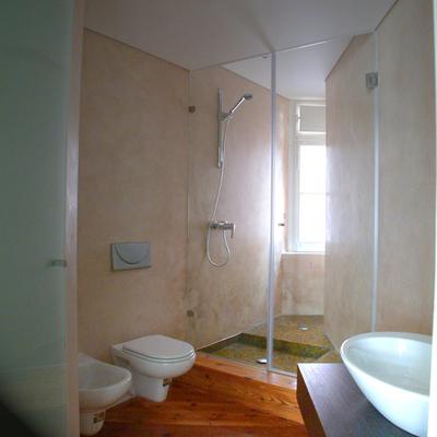 Instalação Sanitária R/C Esq.