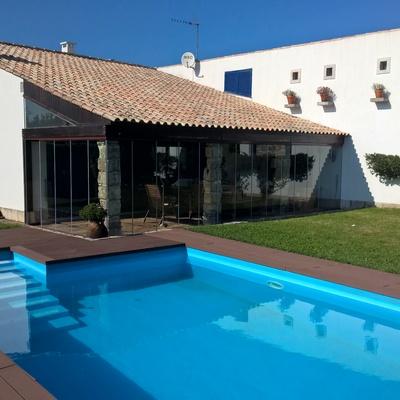 Melhoramento de zona envolvente a uma piscina na zona de Coimbra - Aplicação Deck