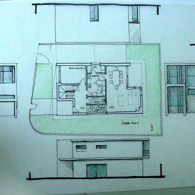 Moradia plana - T4 - 2 piso
