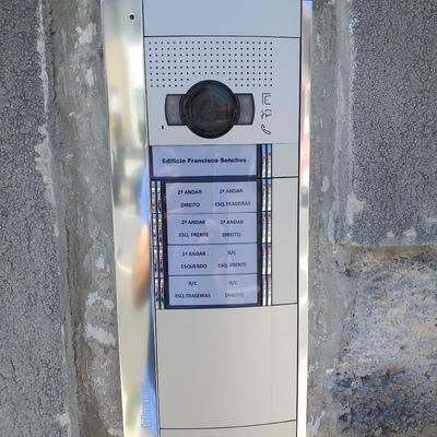 Renovação videoporteiro em edifício