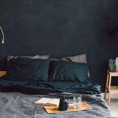Dê mais vida ao seu quarto com um toque de cor