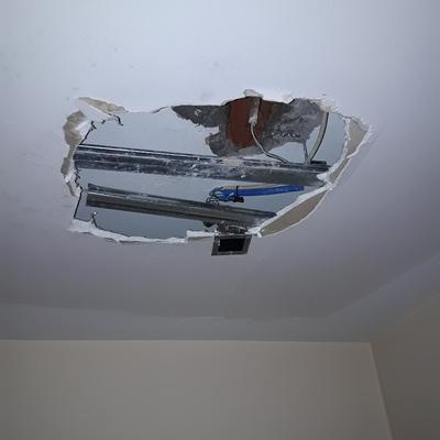 Remodelação e execução de teto falso