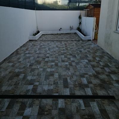 Reconstrução de terraço