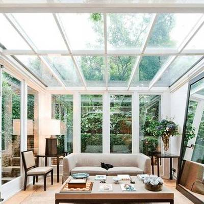 Tetos transparentes: devo usar vidro ou policarbonato?