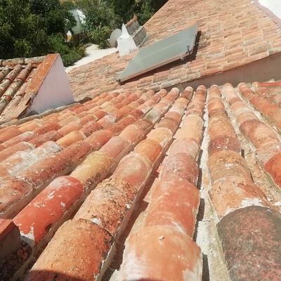 Remoção e reconstrução de telhado antigo
