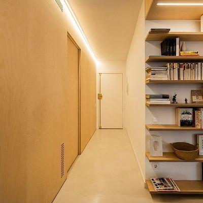 Todos os espaços são bons para montar a estante dos seus sonhos