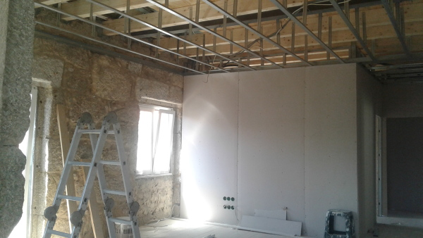 Foto divis riaa em pladur tetos e paredes de ajm - Paredes de pladur ...