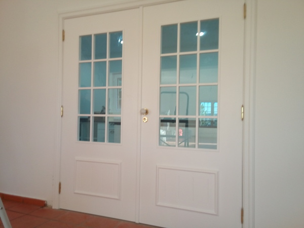 Quanto custa lacar portas?