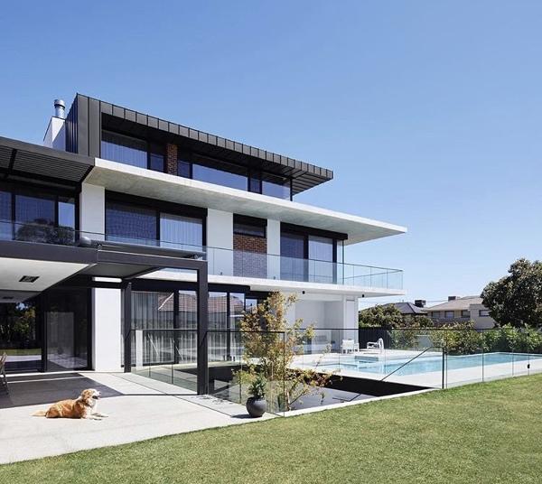 Quanto custa esta casa com 150m?