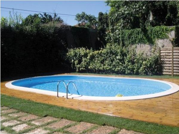 Instalação de piscina de aço