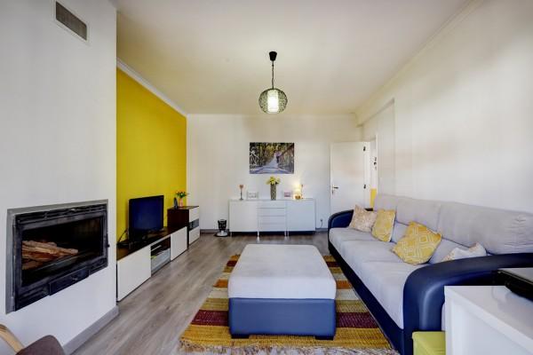 Quanto custa tecto falso em gesso cartonado recto e acabamento simples com pintura numa área de 20 m2?