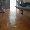 Afagar, betumar e envernizar chão em taco de madeira